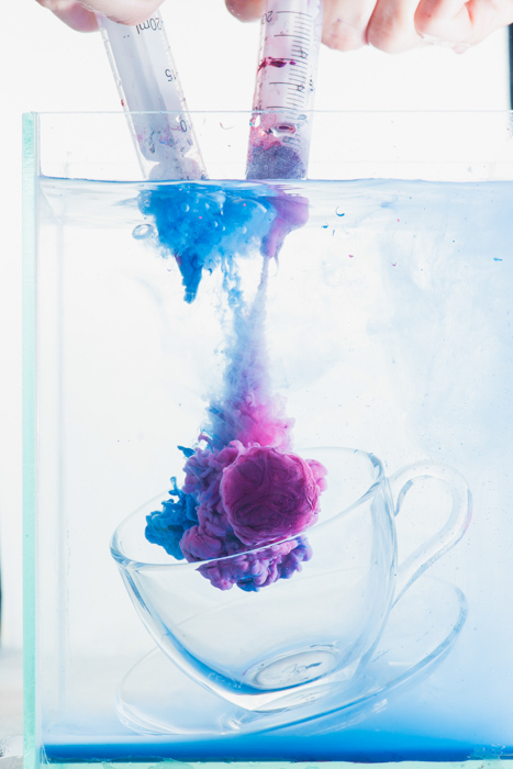 underwater still life setup to shoot colorful paint in water photography