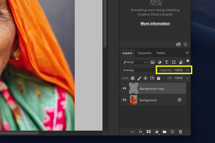 A screenshot showing how to change opacity of the layer in Photoshop