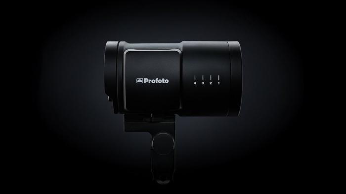 the Profoto b10 flash