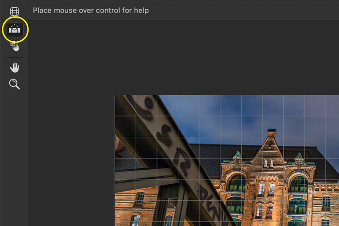Illustrative screenshot of Photoshop straighten tool