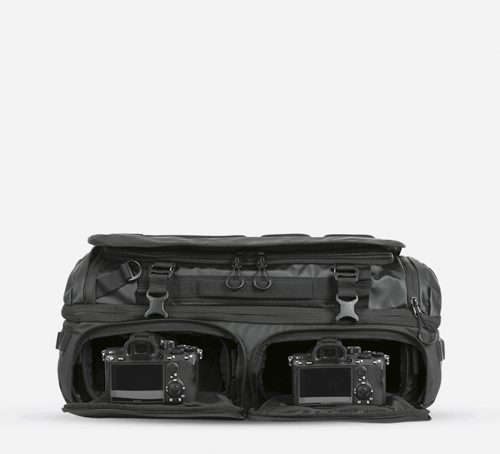 The access areas for the The WANDRD Hexad Access Duffel Bag