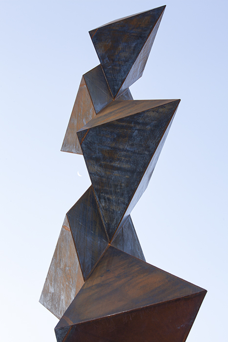 Photo of an abstract non-figurative sculpture