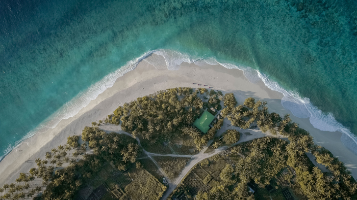 Landscape photo of a seashore