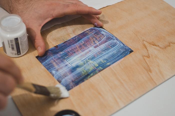 Applying gel onto a photo