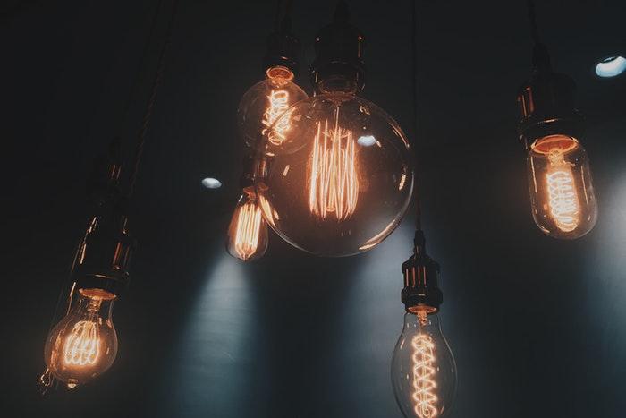 Vintage looking light bulbs