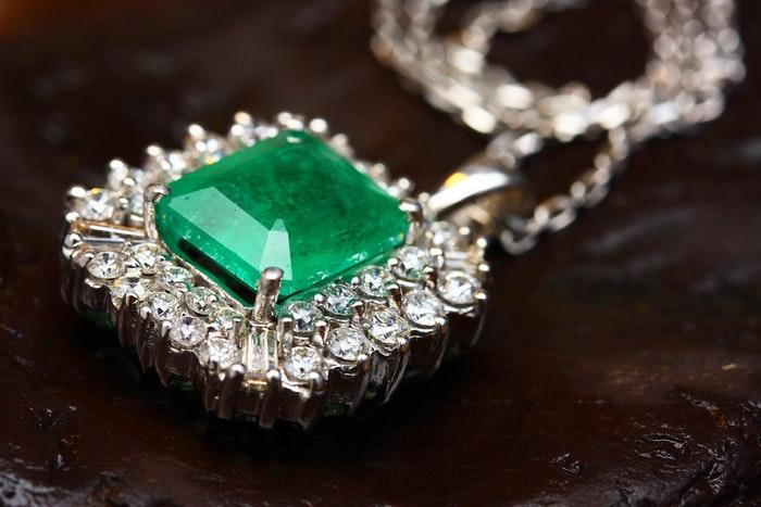 beautiful jewellery photography