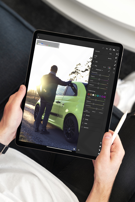 Photo of Lightroom running on an iPad