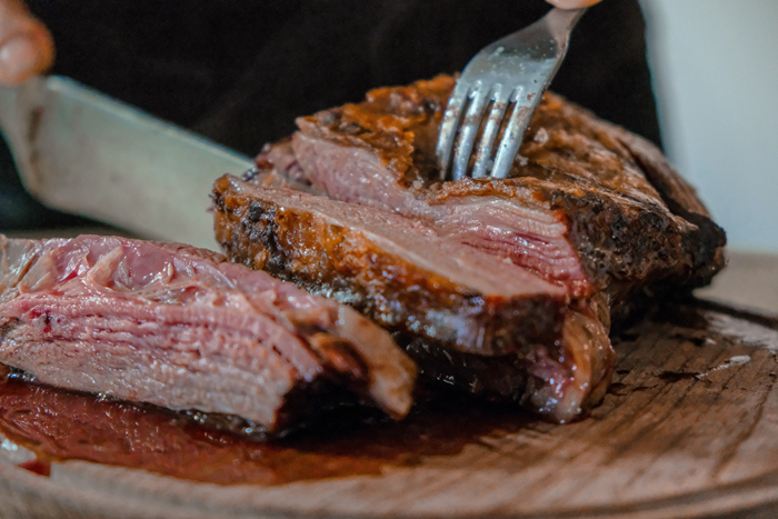 Corte a carne cozida