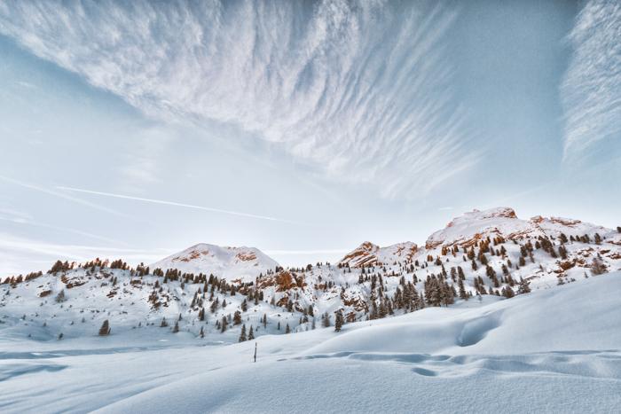 Foto de paisagem de inverno com neve