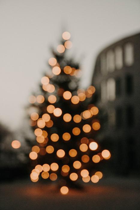 Christmas tree with blurry bokeh lights