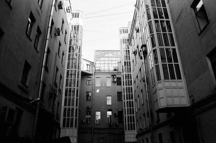 gambar hitam putih pemandangan kota