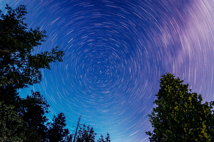 Star trails in radial balance