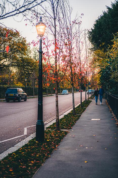 Imagem de fotografia de rua de Londres tirada com a Fujifilm X-T200