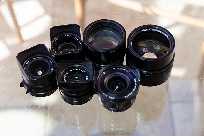 Fotografia Super Elmar de 21 mm, 35 mm F1.4 Summilux, 90 mm APO Summicron, 50 mm Noctilux, 15 mm Voigtlander e 35 mm F2 Summicron de fotografia