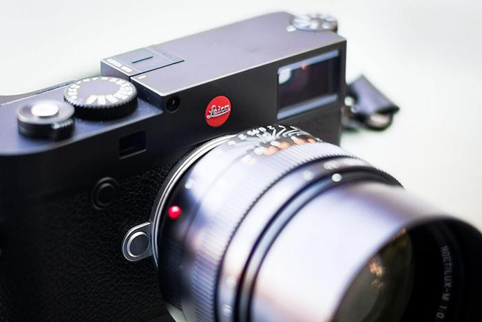 Leica M10 com Noctilux 50mm de perto
