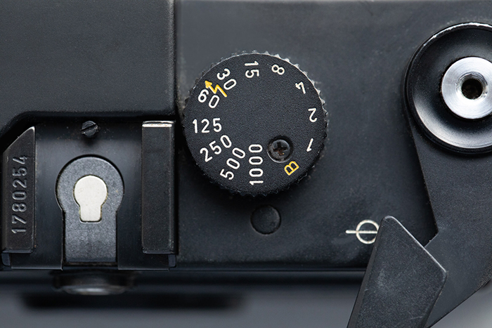 The ISO dial of the Leica M6