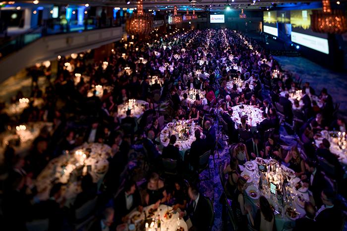Fotografia tilt shift de um evento comercial tirada com um Sony A7 III por Andy Tyler
