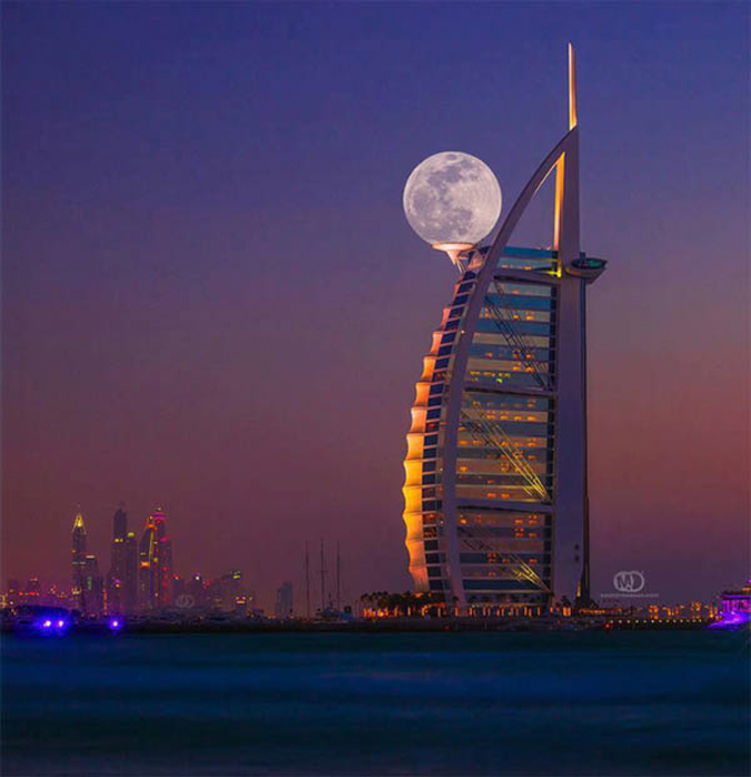 A hotel in Dubai with the moon in the background