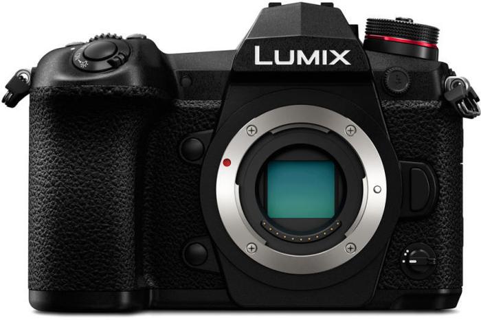 Μια εικόνα της κάμερας χωρίς καθρέφτη Panasonic Lumix G9