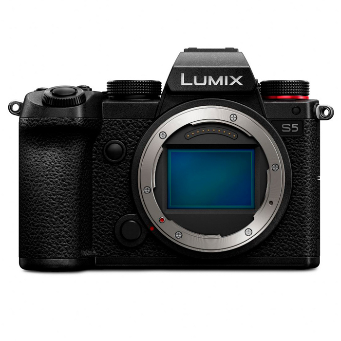 Μια εικόνα της καλύτερης φωτογραφικής μηχανής Panasonic Lumix S5 για πορτρέτα