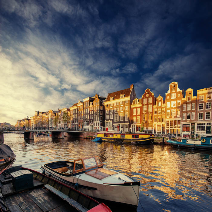Uma bela imagem da paisagem urbana de Amsterdã