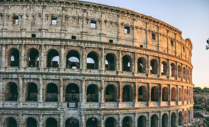 Uma foto de viagem do Coliseu em Roma
