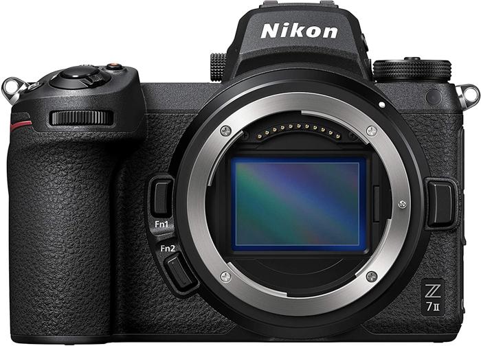 Uma imagem de uma câmera sem espelho Nikon Z7 II