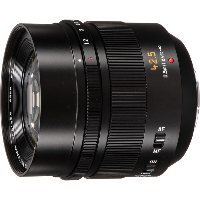 Image of the Panasonic Leica DG Nocticron 42.5mm F1.2 ASPH