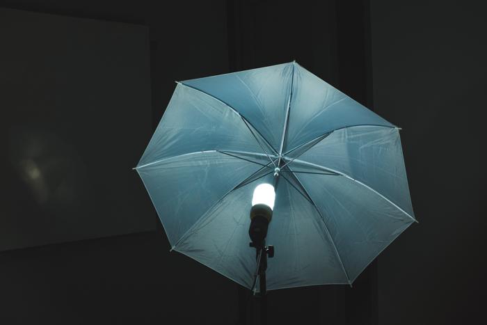 guarda-chuva forrado de prata