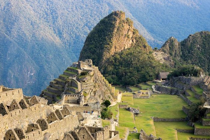 uma foto de Machu Pichu Peru na Cordilheira dos Andes
